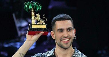 تعرض مغني إيطالي من أصل مصري لهجمات عنصرية 1